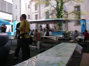 Barwagen am Strassenfest im Einsatz